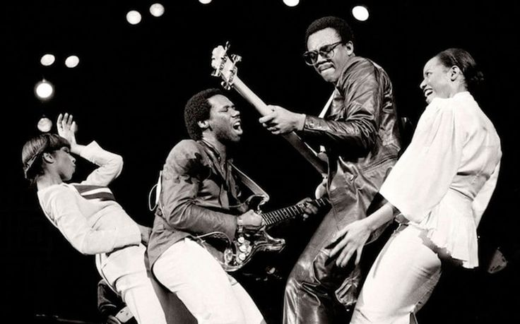 bernard edwards one of the greatest bass players of all time. C'est CHIC.