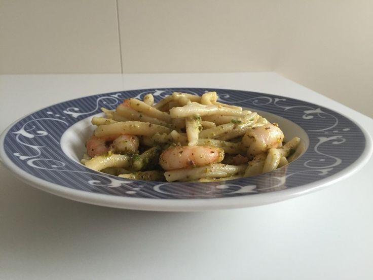 #pasta con #pesto di #pistacchi e #mazzancolle