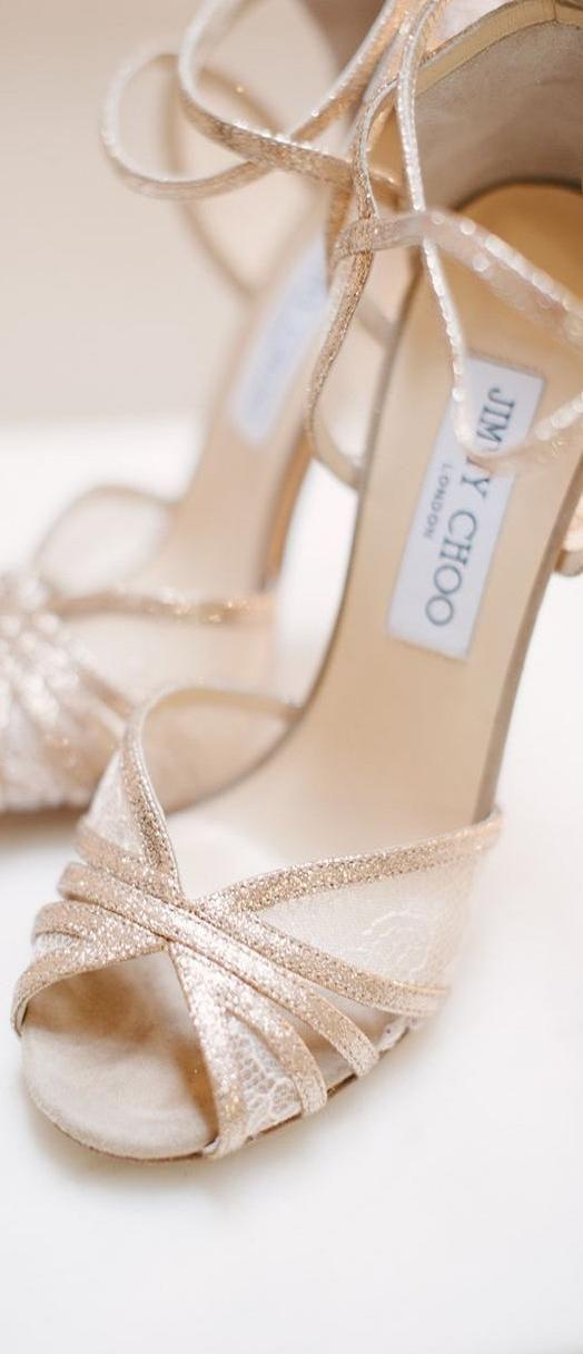 Jimmy Choo Bridal                                                                                                                                                      Más