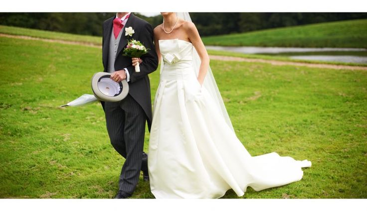 A saisir ! Robe de mariée couture Jesus Peiro taille 36 sur GensDeConfiance.fr