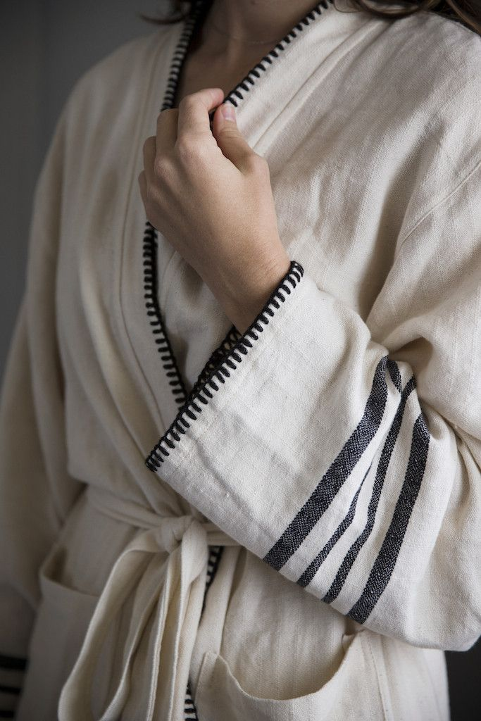 - Made of superior Turkish cotton with a beautiful drape and softness - Cosy yet very light to wear, these robes are an everyday essential for home and holiday Sizing: The Marais robe is generously cu