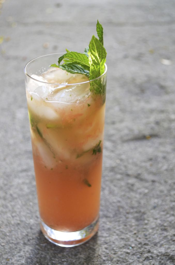 Grapefruit Mint Julep Recipe, just in time for Derby Day!