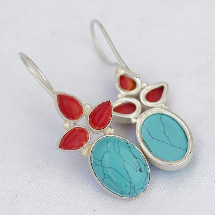 Coral & Turquoise Earring, 925 Sterling Silver Earring Lenght 4.2 cm Approx Price: $30 --------------- For Query Mail us: rangrezzfashions@gmail.com --------------- #handmade #Jewelry #Designer #Silver #earring #Fashion #Carnelianearring