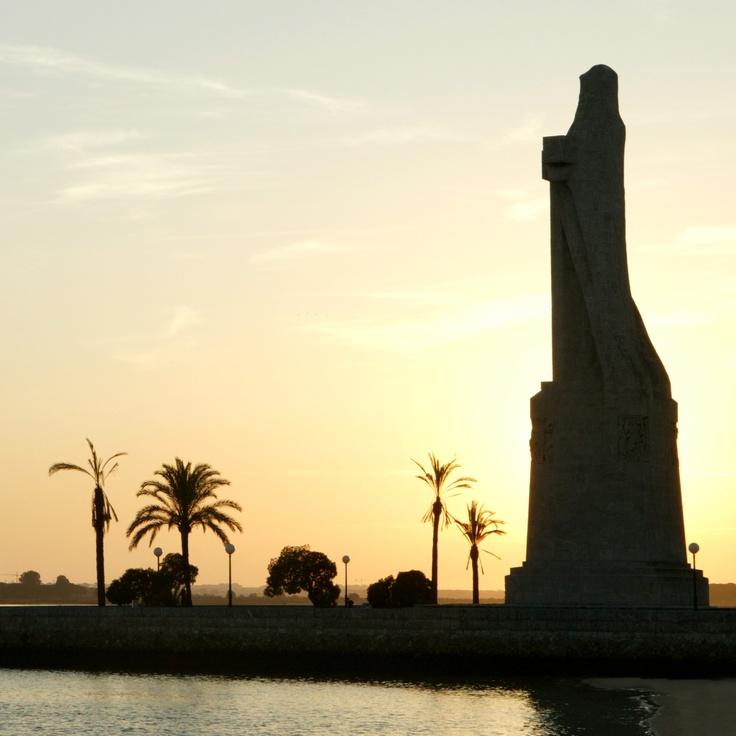 Huelva, monumento a la Fe Descubridora, Colón