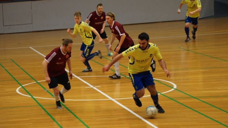 I made this promo video for the danish futsal team Brøndby IF.  Check them out and follow them for more.
