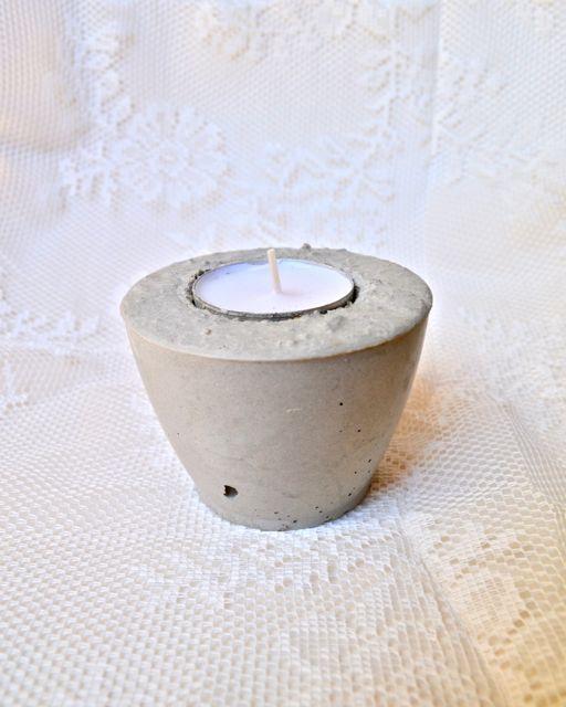 DIY: Teelichthalter aus Beton