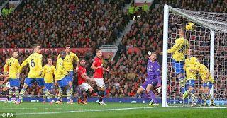 Hasil Pertandingan Liga Inggris Mancester United vs Arsenal, Van Persie Cetak 1 Gol
