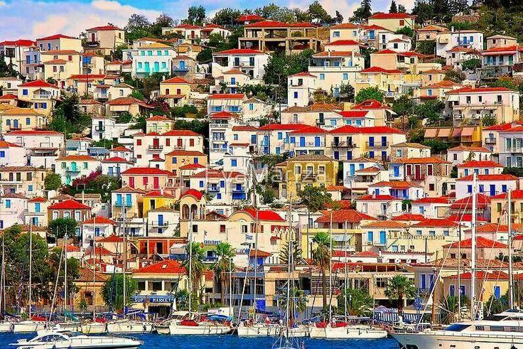 Poros Island, colorful houses!