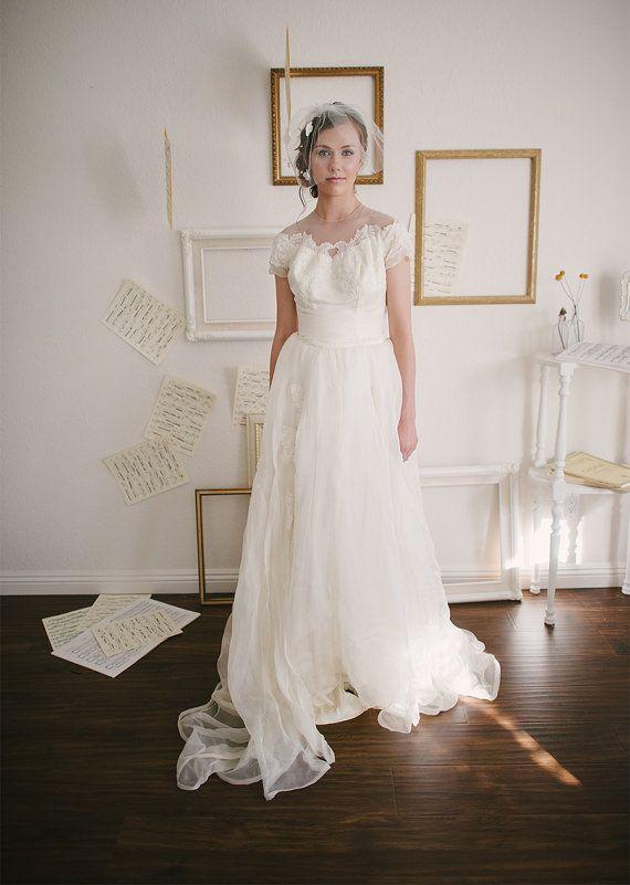 Vintage 1950s Wedding Dress By Priscilla Of Boston Size XS Small Chantelle Illusion