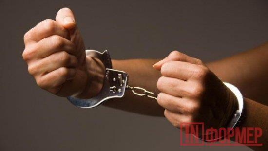 В Севастополе мужчина жестоко поплатился за собственное благородство  http://ruinformer.com/page/v-sevastopole-muzhchina-zhestoko-poplatilsja-za-sobstvennoe-blagorodstvo  В Севастополе вынесли приговор мужчине, который чуть не убил знакомого во время ссоры. Мужчине назначено наказание в виде 7 лет лишения свободы в исправительной колонии строгого режима.Было установлено, что в декабре 2015 года 37-летний осужденный и его знакомый распивали алкогольные напитки в одном из домов села…