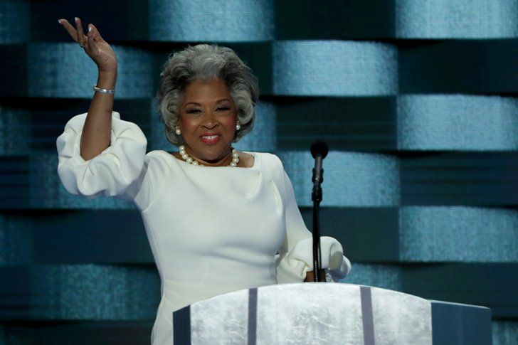 Pin for Later: Joyce Beatty Swooped Into the DNC Wearing Melania Trump's Dress —Like a Boss