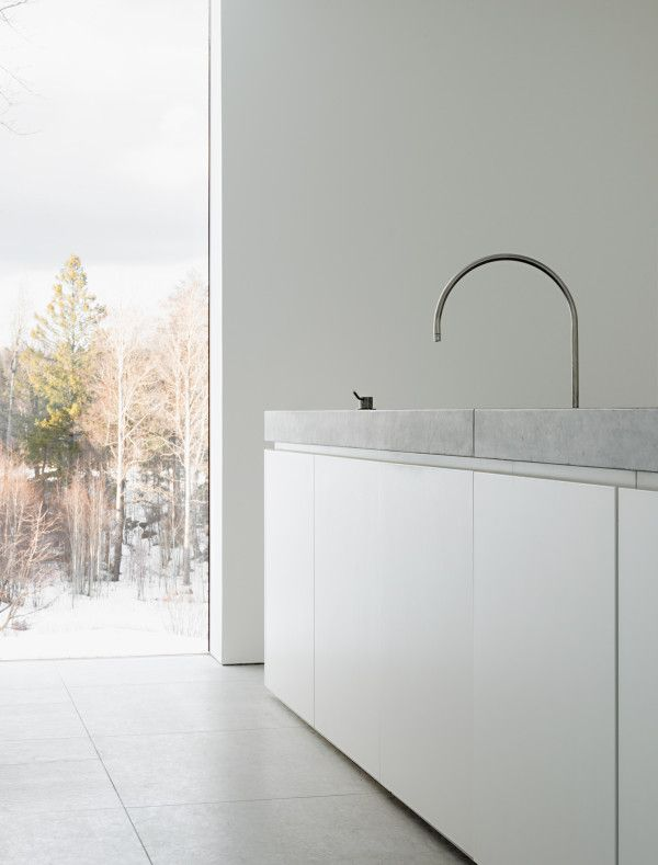 Palmgren House by John Pawson, Sweden. I simply LOVE the full length window to the outside.
