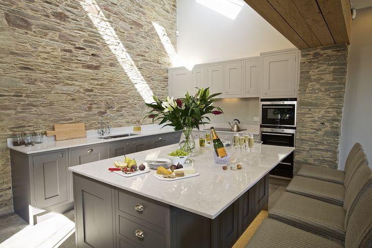 Hillfield Farmhouse Kitchen