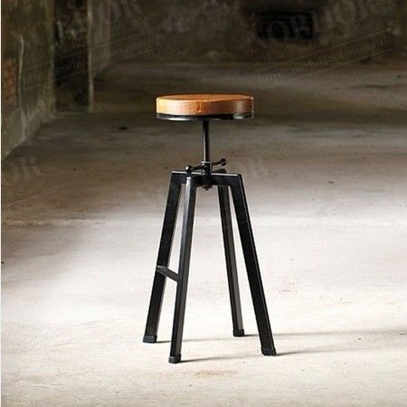 American country to do the old retro rust imitation wrought iron bar stools bar chairs the