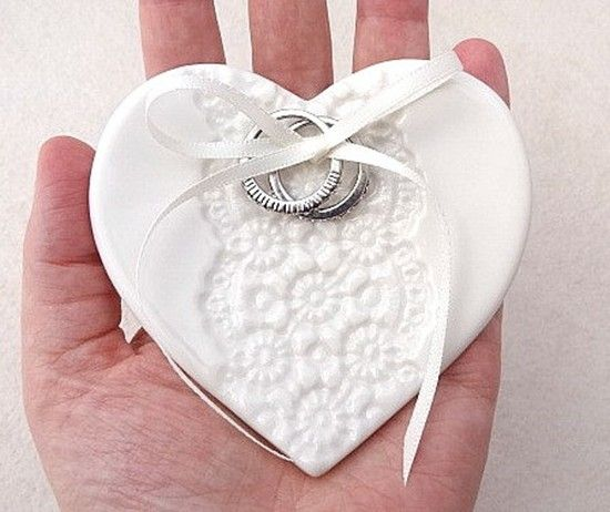 Cuscino portafedi piattino cuore. Wedding rings heart plate. #wedding