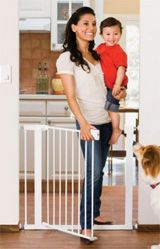 5 recommended baby gates in 2016, a sure way to keep your little one out of a certain area or stairway!