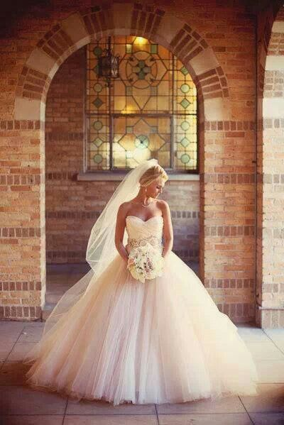 Something Big like this is beautiful #Wedding #Dresses pinteresthandbags.com