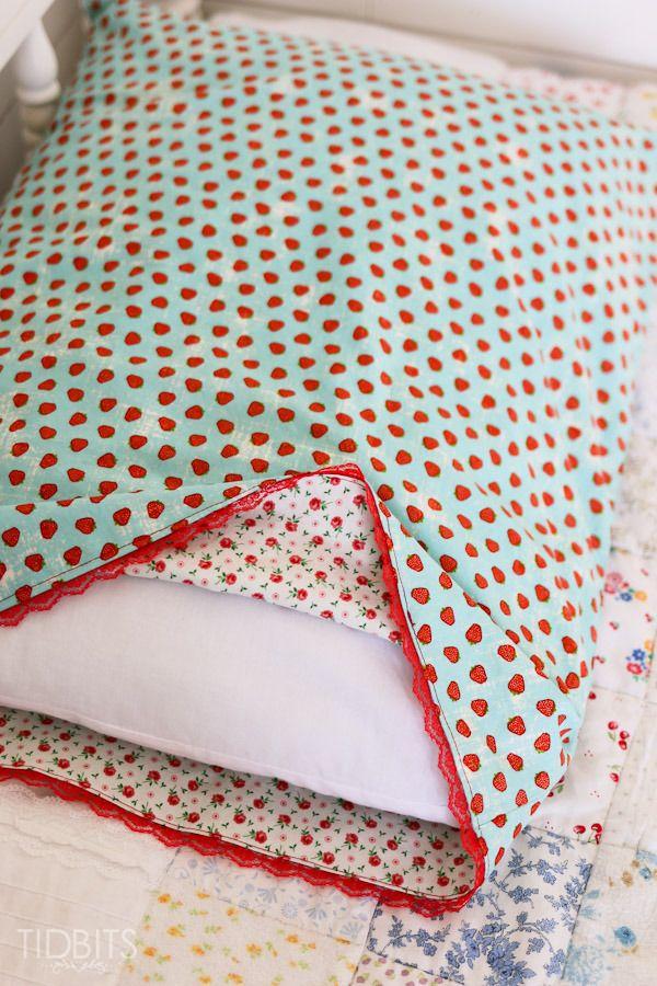 Reversible Pillowcase Tutorial - {and Linenspa Memory Foam Pillow GIVEAWAY!!} - Tidbits