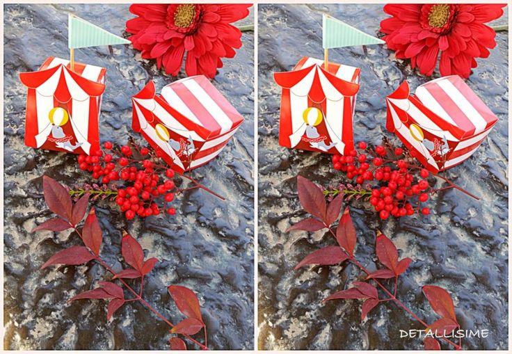 "Cajitas de rayas rojas ""circus"" (medidas: 7 x 7 x 7 cms) Pedidos y catálogo: detallisime@yahoo.es"
