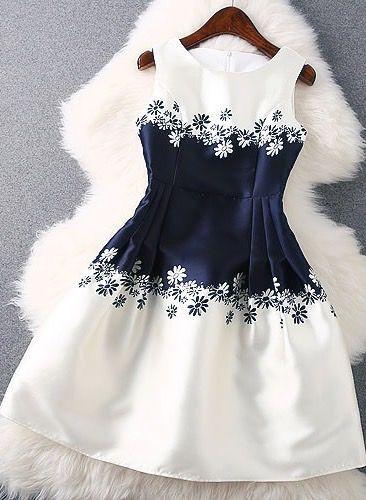 Unique Round Neck Sleeveless Dress