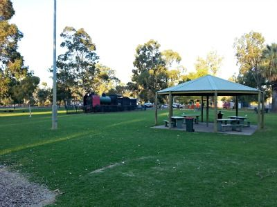 Things to do in Mildura: Jaycee Park.  People are always looking for things to do in Mildura…  We are very lucky here in Mildura to have some wonderful open spaces for you to take your kids. There are many sporting reserves and parks to get them to use up, that seemingly endless amount of energy!