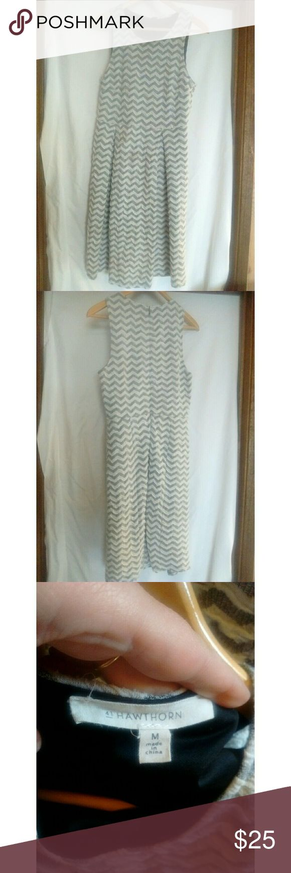 """41 Hawthorn stitch fix texture chevron print dress Excellent used condition. Heavier textured fabric with built-in slip. Bust 16.5"""" length 39"""" 41 Hawthorn Dresses"""