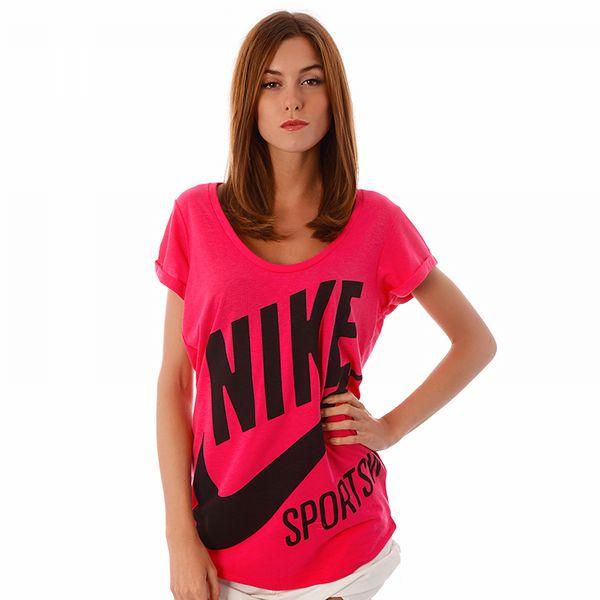 #tshirt #koszulka #nike http://50style.pl/nike-t-shirt-exploded-nsw-ss-tee-nike-damskie,marka,NI,WW,63777275.bhtml