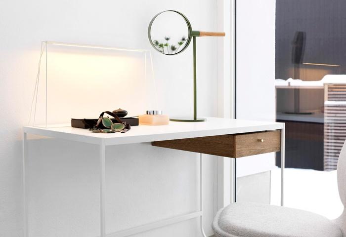 #asplunddesign #tatidesk #memirrortable #introdesign #stockholmdesignweek #furniturefair