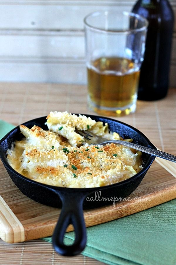 Muentser Mac and Cheese~ use gf pasta and flour as well as substituting crushed rice chex for the panko bread crumbs.  Looks good!