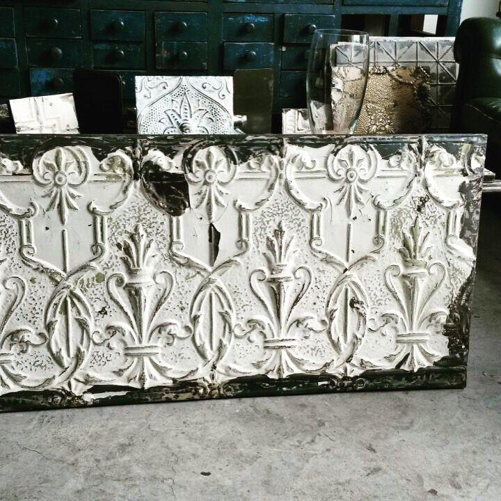 #interior #interiors #products #interiordesign #architecture #monicadamonte#odulia #alassio#accessories at www monicadamonte.com monicadamonte interior designer Odulia alassio specchi antichi americani in ferro