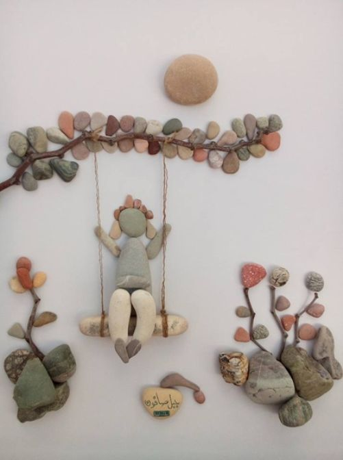 Pebble art by Syrian sculptor Nizar Ali Badr