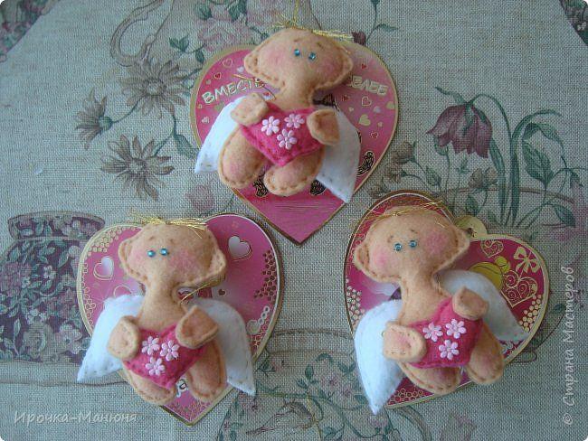 Здравствуйте, дорогие гости! Ко Дню всех влюблённых я решила сшить валентинки из фетра - миниатюрных ангелочков с сердечком (подобные котики-примитивки были у нас в прошлом году http://stranamasterov.ru/node/719944 ). фото 1