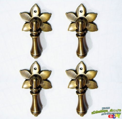 LOT OF 4 PCS ANTIQUE Vintage BRASS FAIRY TEAR DROP Cudgel Pull KNOB Handle, I @ eBay $9.99 I Lovely and GREAT GIFT for your Cabinet or home decor. #Knob #Drawer #Brass #Antique #Vintage #Home_decor