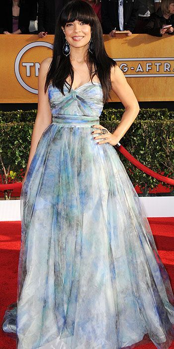 ZULEIKHA ROBINSON - Screen Actors Guild Awards 2013, Red Carpet