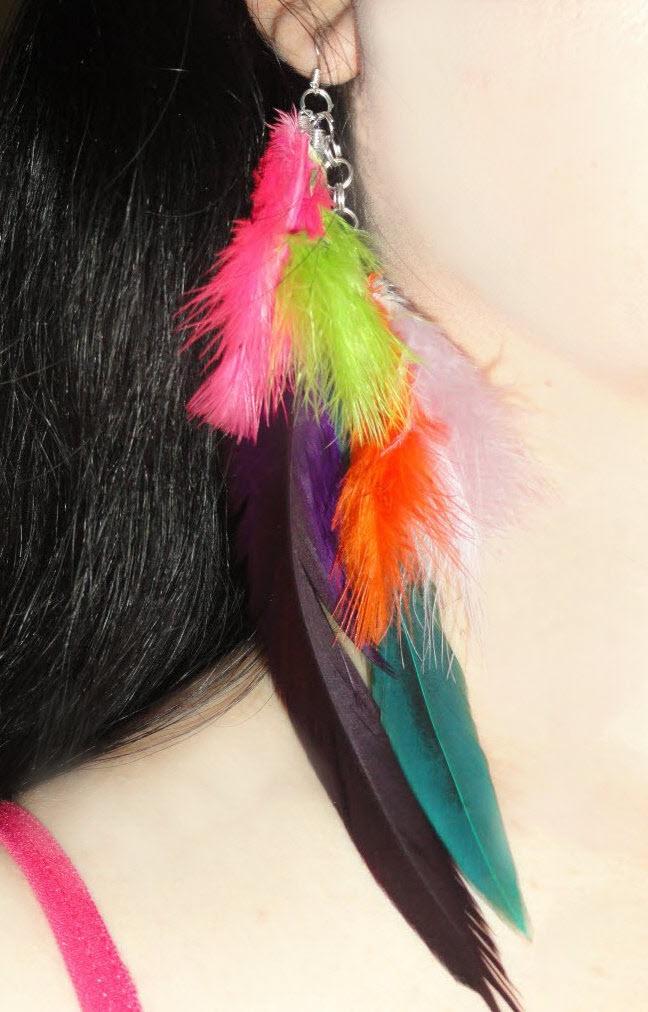 "Beautiful Feather neon multicolored 7"" long earrings  pink + orange + purple + green + blue + Green Olive   (Rooster + Marabou Turkey feathers): Neon Multicolored, Feathers Neon, Long Earrings, Blue Green, Olives Roosters, Earrings Pink, Marabou Turkey, Beautiful Feathers, Green Olives"