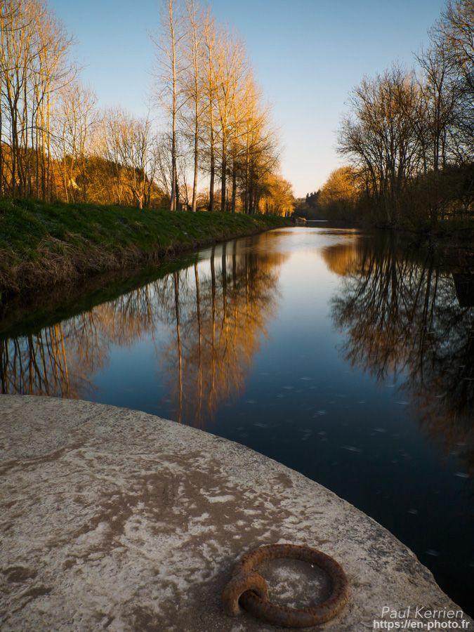 canal de Nantes à Brest   à l'écluse de Penn ar Pont  - à Châteaulin   © Paul Kerrien 2018 https://en-photo.frFinistère Bretagne