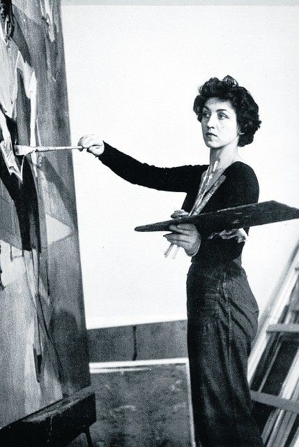 women in picassos works She became picasso's constant companion and lover from 1936 through april, 1944 maar went back to painting and exhibited in paris soon after picasso left her for françoise picasso referred to dora as his private muse in later years she became a recluse, dying poor and alone.