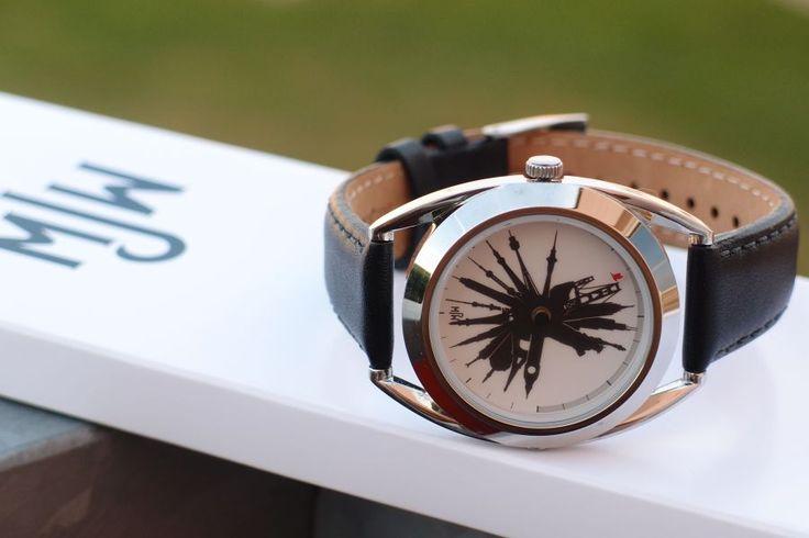 Mějte přehled o čase všude ve světě a to stylově ! Designová legenda Mr Jones Watches - Time Traveler Emotikona wink  http://www.24time.cz/time-traveller/