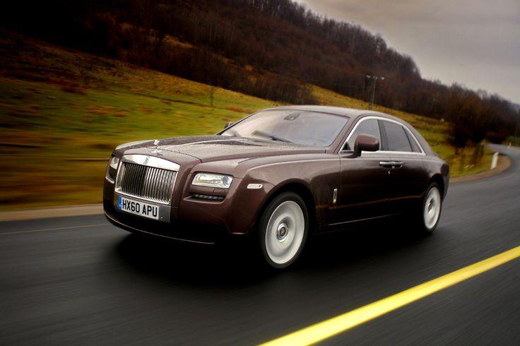 Rolls Royce Ghost (  Mihai Dăscălescu / Mediafax Foto  ) - See more at: http://zoom.mediafax.ro/sport/masini-11154091#foto_2