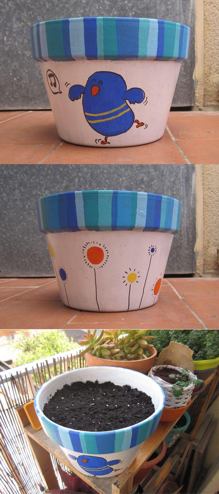 Hand Painted flowerpot, by xeniaxinxeta.com