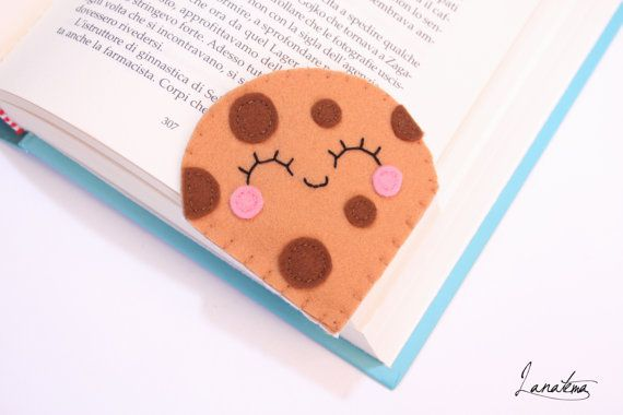 Cookie with chocolate chips bookmark, corner bookmark, felt sweet