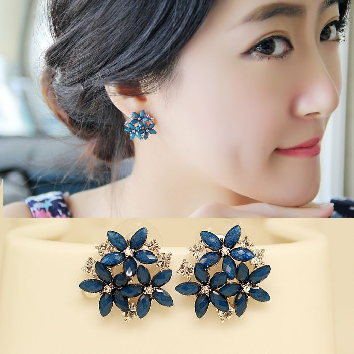 2015 fashion crystal stud ༼ ộ_ộ ༽ earrings 3 flower red blue black green brincos ヾ(^▽^)ノ pendientes earrings for women E22342015 fashion crystal stud earrings 3 flower red blue black green brincos pendientes earrings for women E2234