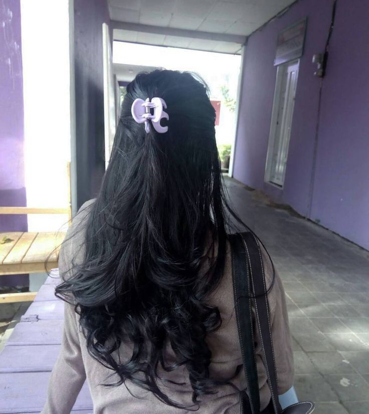 "146 Likes, 1 Comments - Eka Chrisdyn Junia (@ekachrisdyy) on Instagram: ""Ma luvv kyut hair🙊😌"""