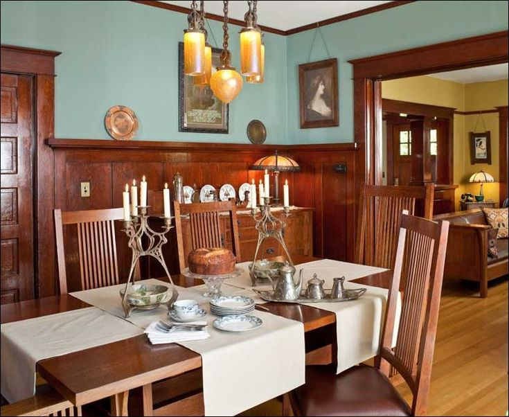 Dining Room, Wooden Dining Table And Chairs Applied In Traditional Dining Room That Also Using Parqued Flooring And Decorated With Ancient C...