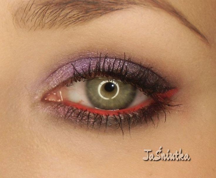 JaŚniutka   makijaż, recenzje : Makijaż dla zielono okich:)