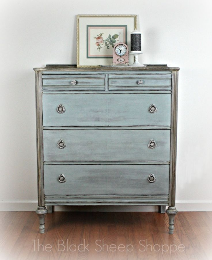 The Black Sheep Shoppe: Vintage Chest of Drawers: Custom Mix of Chalk Pain...