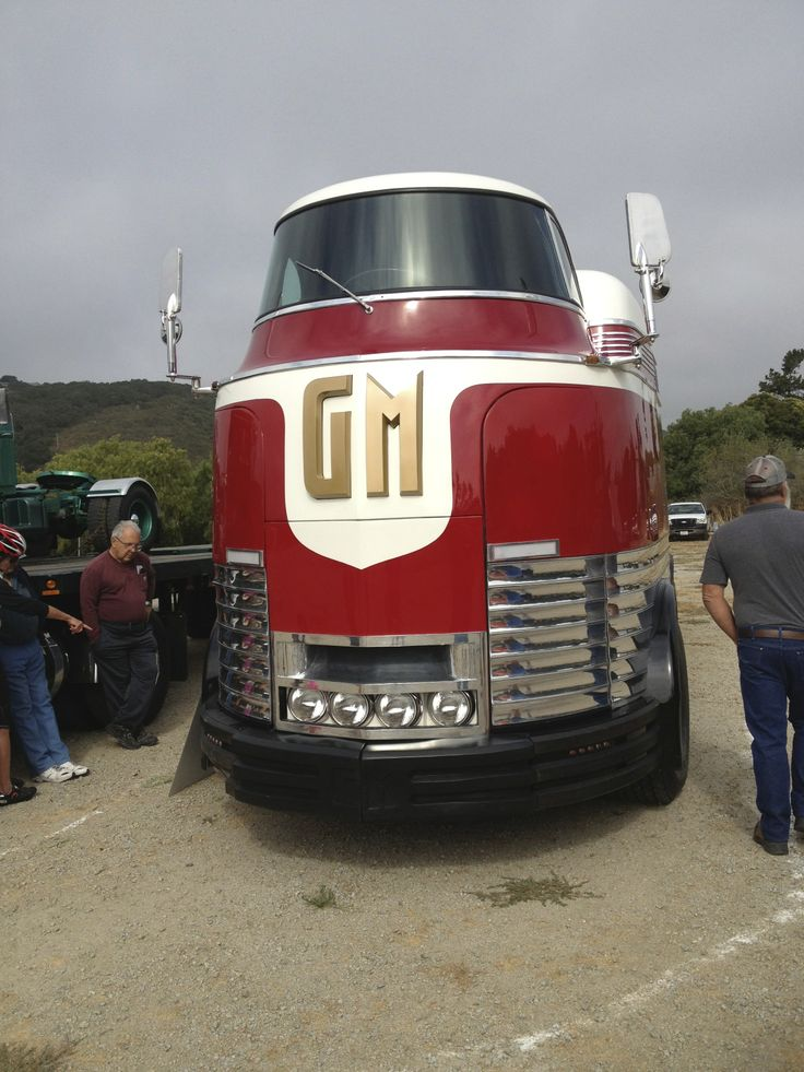 Gm Futurliner Only 12 Built This One Is Special Cool