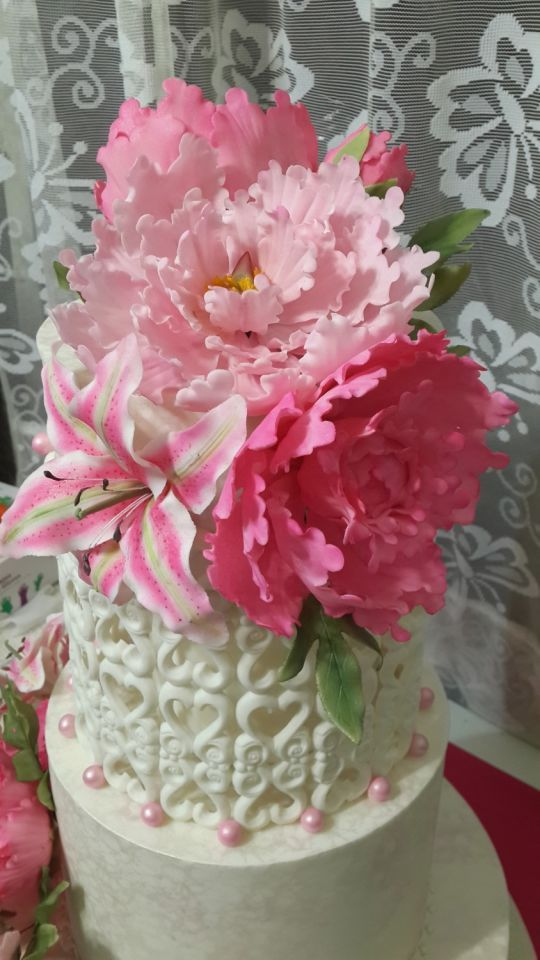wedding cake flowers gumpaste tutorials 1000 ideas about gum paste flowers on fondant 22676