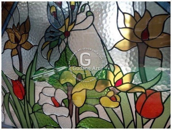 Kaca Patri Jendela Bergambar Kupu Kupu Dan Bunga Dari Pengrajin Kaca Patri Gudang Art 1999 Jogjakarta Indonesia Gambar Art Hewan