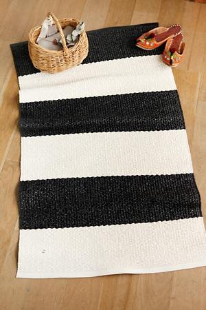 pappelina rug... for my kitchen...